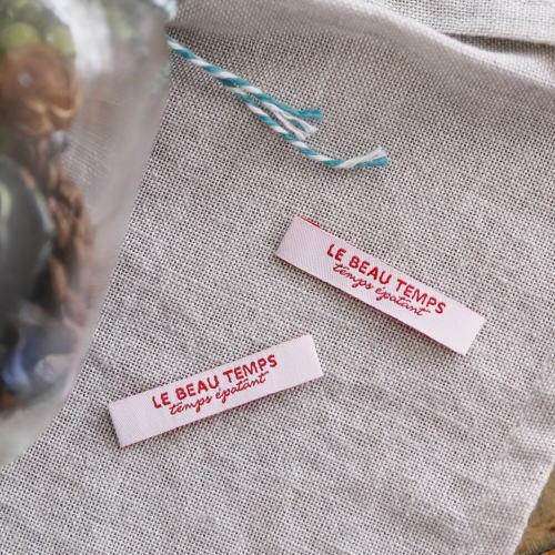 ばら刺繍タグ‐TEMPS(白色×赤)