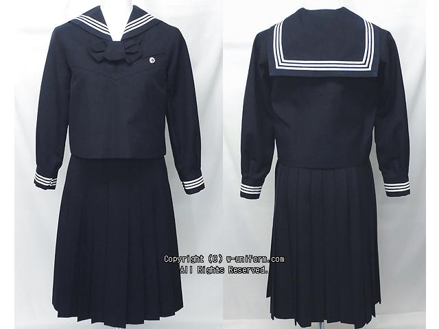 大妻高校の制服