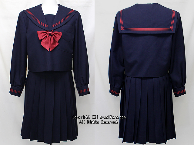 横浜隼人高校の制服(冬)