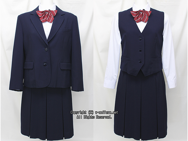 埼玉県立鳩ヶ谷高校の制服(冬)
