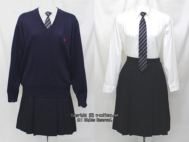 昭和女子大学附属昭和高校の制服(中間)