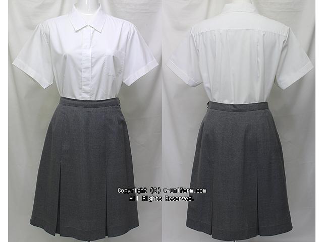 香蘭女学校の制服(夏)