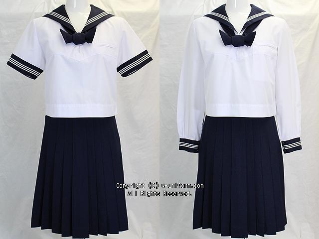豊島岡女子学園高校の制服(夏・中間)