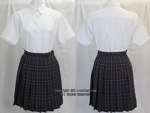 学校名不明の制服セット(夏)