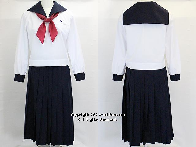 玉造中学校の制服(中間)