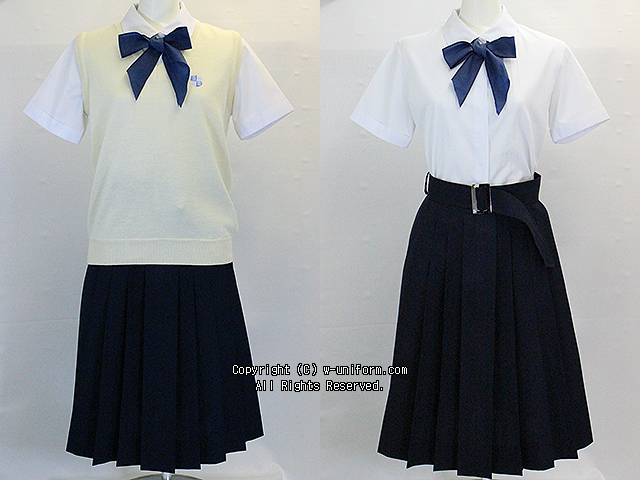 山脇学園の制服(夏)旧