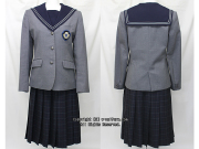 精華女子高校の制服(冬)