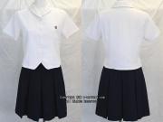 京都聖母学院の制服(夏)