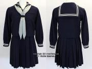 女子聖学院高校の制服(冬)