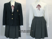 戸田市立戸田中学校の制服(冬)