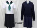 二松学舎大学附属高校の制服(夏)