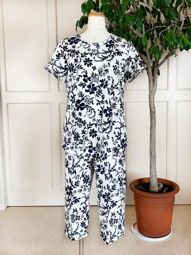 天竺ハイビスカス柄(半袖、七分パンツ)パジャマ袋付き
