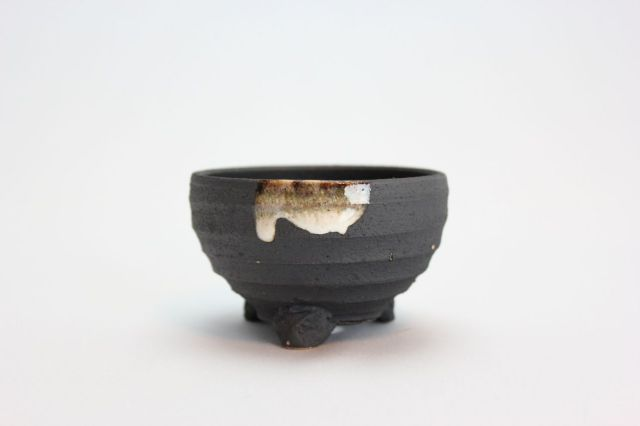 いぶし白釉掛鉄鉢,3号,信楽焼,植木鉢,盆栽鉢