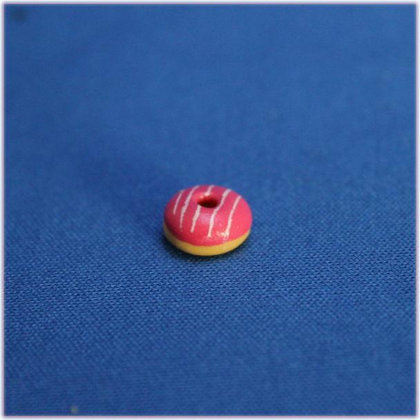 ラズベリードーナツおもちゃの家フード