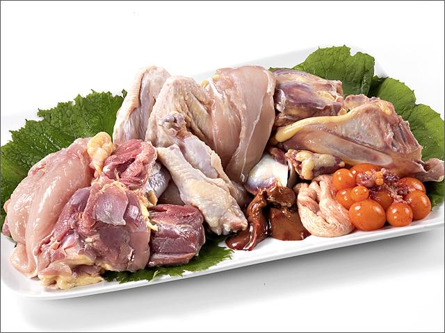 比内地鶏1羽を美味しさを余すことなくお召し上がりください。まるごとセット