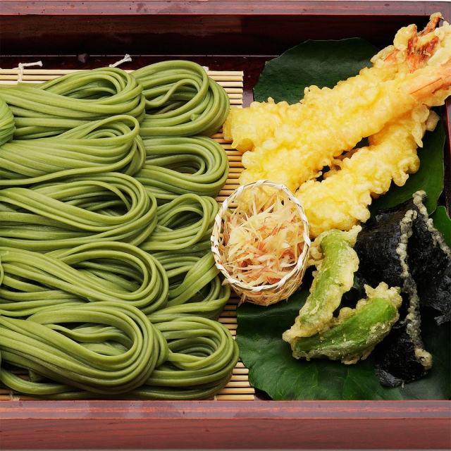 芽かぶうどん,手延べうどん,盛り付け例,天ぷら