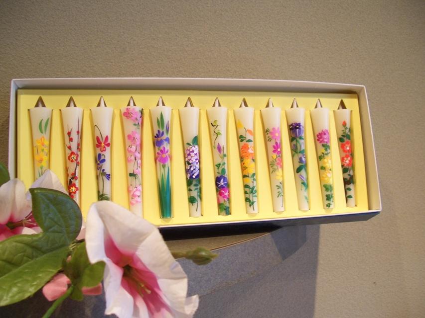 1月〜12月までの季節のお花  3号絵ろうそく「四季の花」 (12本入り)