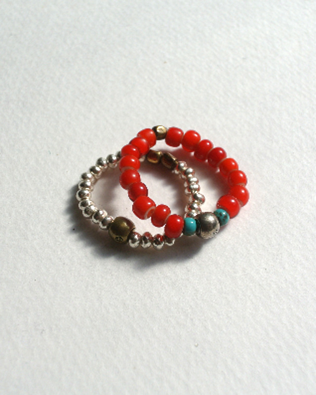 39 [SunKu] サンク White Heart & Silver Beads Ring