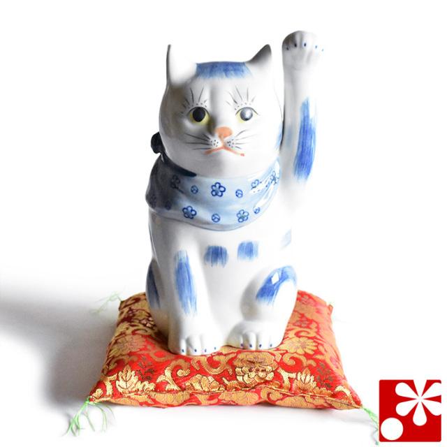 九谷焼 招き猫 置物 染付 座布団付(左手・高 約23cm)(w6-1528)