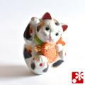 九谷焼 鯛招き猫(右手) 三毛(WAZAHONPO-51569)