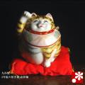 福々招き猫(右手) 金彩釉(WAZAHONPO-41710)