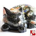 九谷焼 眠り猫 置物 黒盛(全長16.8cm)(WAZAHONPO-Kome-03)