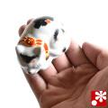 九谷焼 豆眠り猫 置物 三毛(全長6.2cm)(WAZAHONPO-Kome-08)