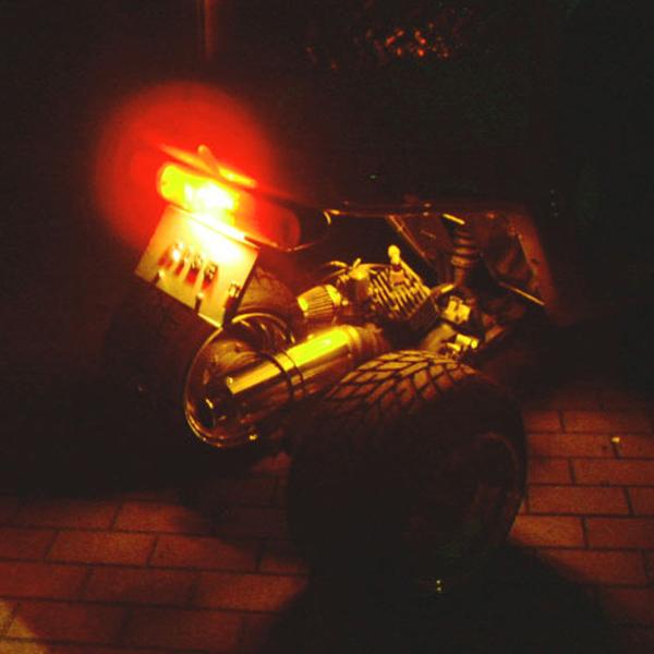 SMD-LED テープ 点灯発光イメージ オレンジ