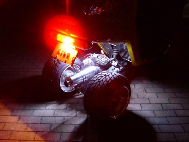 LEDチューブ ホワイト 点灯イメージ