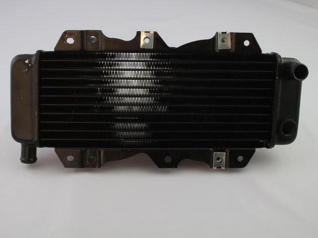 MF02 フュージョン ラジエター