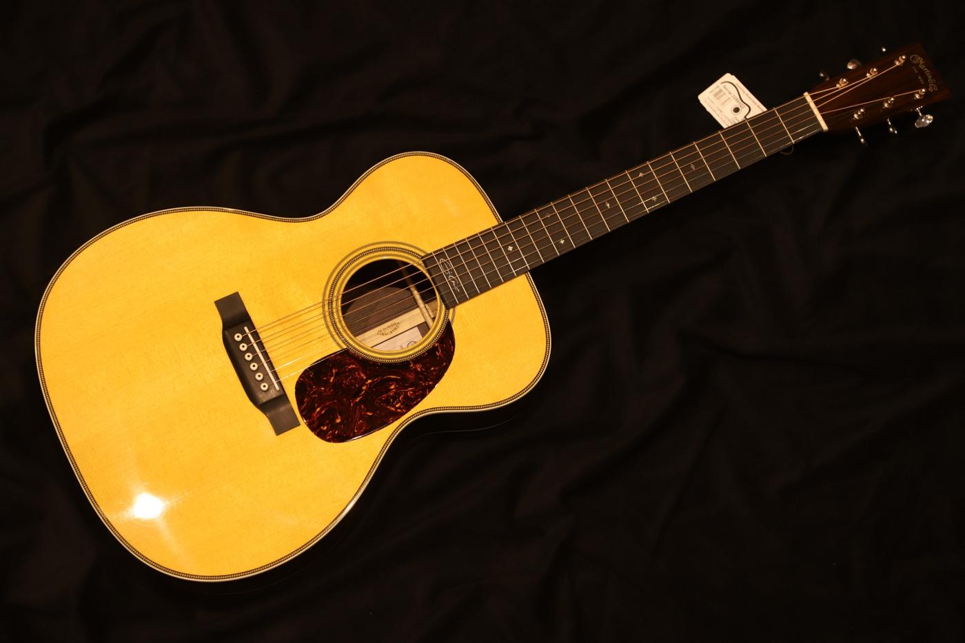【送料無料】Martin マーチン OOO-28EC Eric Clapton Signature Model アコースティックギター/エリック・クラプトン【返品・交換不可】