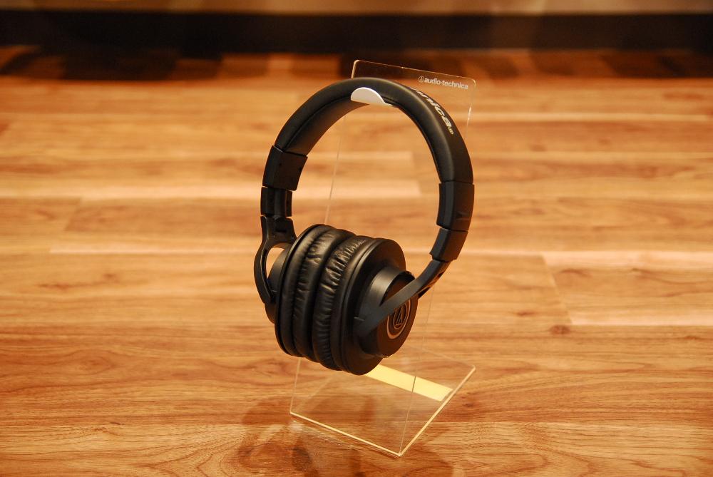 【送料無料】audio-technica オーディオテクニカ ATH-M40x ヘッドフォン【カードご決済で即納可能!】