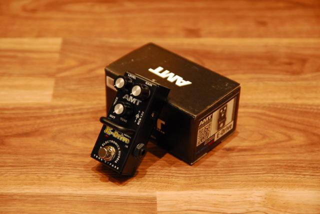 【送料無料】【大特価!!】AMT ELECTRONICS AMTエレクトロニクス E-Drive mini ENGLアンプ・エミュレート [6247] ディストーション【返品・交換不可】