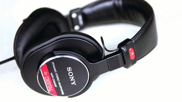 SONY《ソニー》MDR-CD900ST モニターヘッドフォン