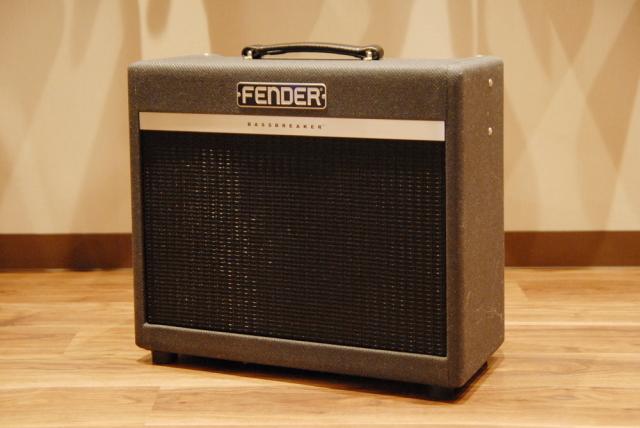 【新品大特価】Fender フェンダー Bassbreaker 15 Combo [2262007000] ギターアンプ 【送料無料】