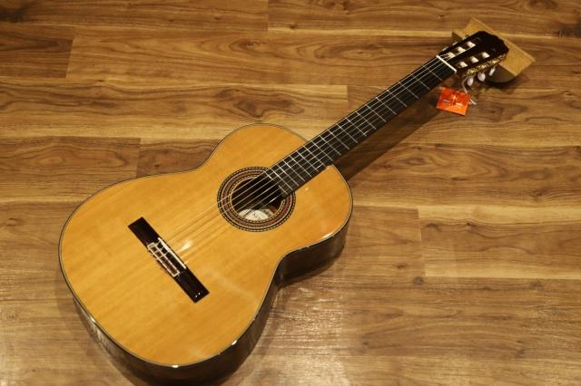 【新品】KODAIRA 小平ギター AST70 クラシックギター 【ケース別売】