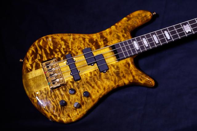 【限定生産モデル】SPECTOR EURO4LT/TIGER EYE [AAAA Quilt Maple Top] スペクター ユーロ タイガーアイ AAAAキルトメイプル 4弦
