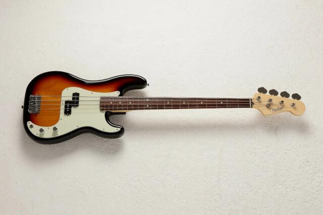 FENDER 《フェンダー》 MADE IN JAPAN HYBRID II《ハイブリッド》P Bass 《プレシジョンベース》R/3TS