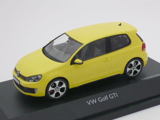 シュコー 1/43 フォルクスワーゲン ゴルフ VI GTI (イエロー)