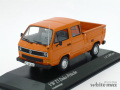 ミニチャンプス 1/43 フォルクスワーゲン T3 Doka-Pritsche 1983 (オレンジ)