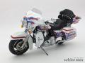 HIGHWAY61 1/12 ハーレーダビットソン FLHP Custom Bubba Blackwell (ホワイト/ブルーレッドライン)
