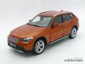 京商 1/18 BMW X1 xDrive28i (オレンジ)