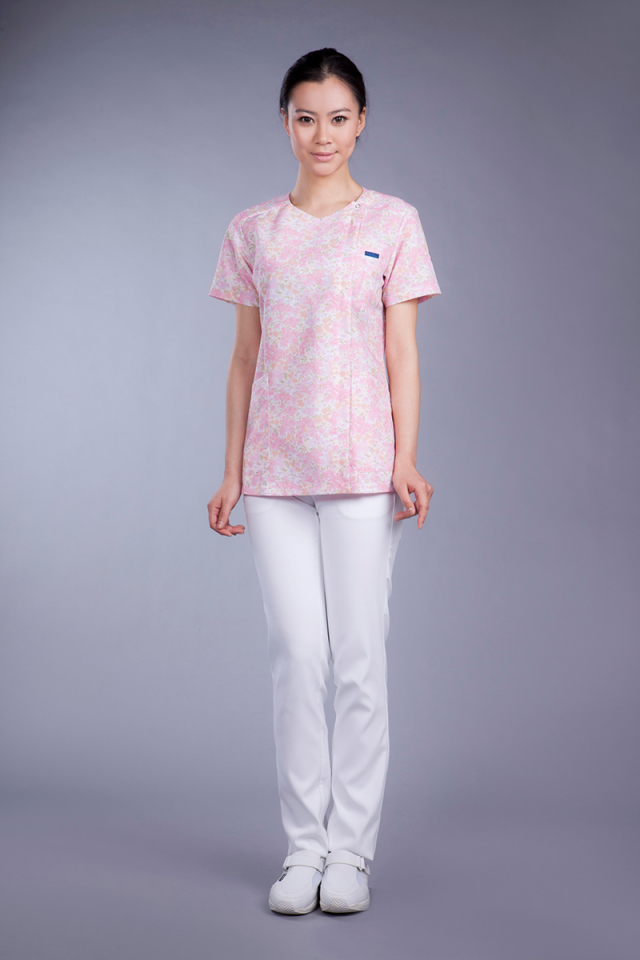 【FOLK】7019SC【ジップアップスクラブ・白衣・半袖上衣】