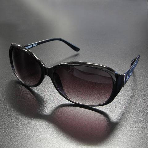 ホワイトファングウルフサングラス/ブラック