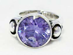 Star Knight Round Table Ring W/Stone