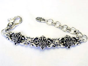 3‐D KING CROWN FREESTYLE BRACELET
