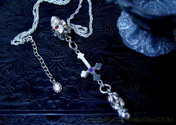 スカル×クロス×胎児ネックレス