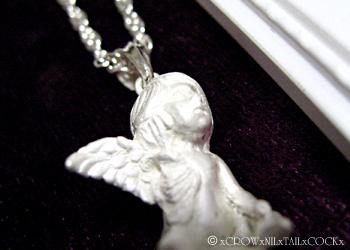 片羽根の天使ネックレス ave desperatio
