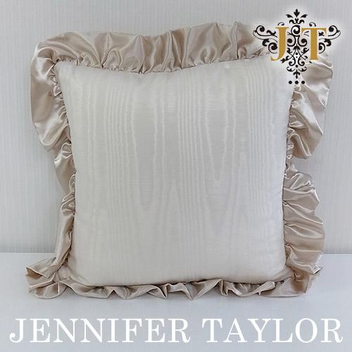 【ポイント10倍 12月】ジェニファーテイラー Jennifer Taylor フリルクッション・Chinon(WH)