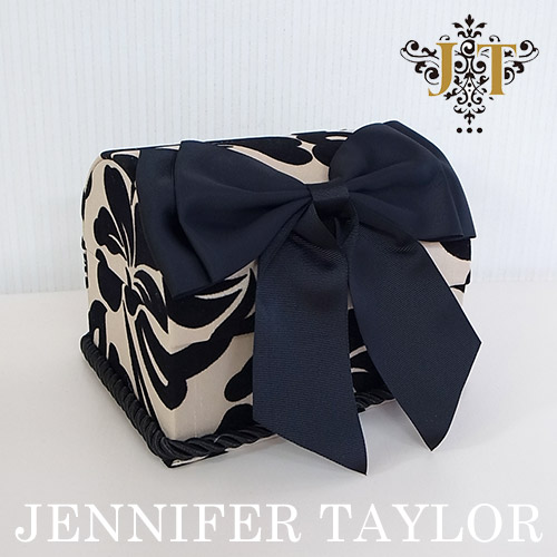 【P10倍 1/31 11:59まで】ジェニファーテイラー Jennifer Taylor トランク型BOX・Yorke